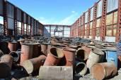 Открытый склад с ядовитыми емкостями. Апрель, 2012 г.