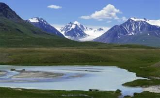 Вид на реку Ак- Алаха и Алахинский ледник - Фото Игоря Хайтмана