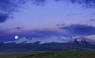 Табын-Богдо-Ола (Пять Священных Вершин). Око Эрлика - Фото Игоря Хайтмана