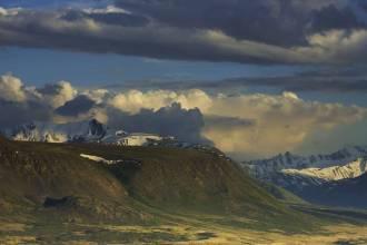 Вид на хребет Южный Алтай - Фото Игоря Хайтмана
