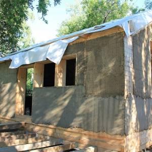 Дом из деревянных панелей с соломенным утеплителем