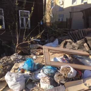 Активисты ОНФ выявили в Кирове более 10 домов-свалок