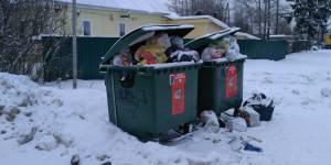 За неделю кировские активисты ОНФ получили более 50 обращений на тему вывоза мусора и начисления платы за эту услугу