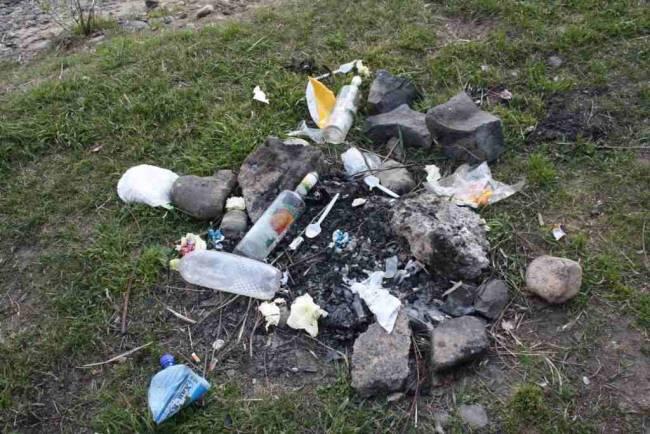 мусорые свалки на реке Уса