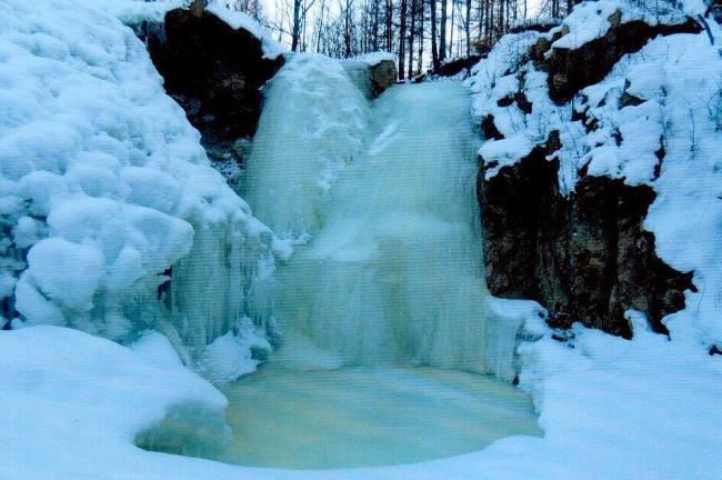 водопад автор Литвинцев А.Ю.