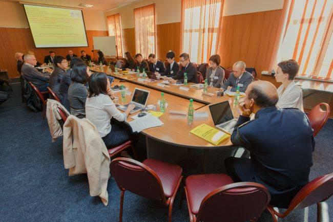 Во Владивостоке обсудили как избежать нефтяного загрязнения океана