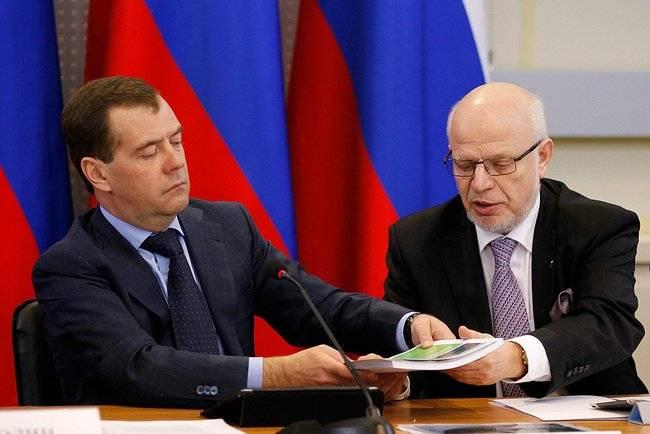 М.Федотов: «Россия всё больше становится страной заборов»